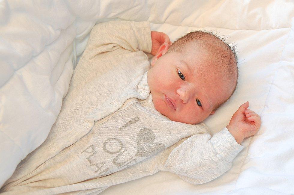 Eliška Tetourová ze Strakonic. Prvorozená dcera Nikoly a Michaela se narodila 14. 7. 2021 ve 14.41 hodin s porodní váhou 3760 g.