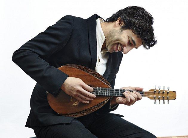 Izraelský mandolinista pro Brucknerhaus.