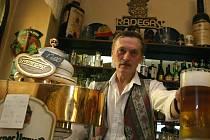 Plzeňské pivo podražilo o tři procenta. Jihočeské pivovary prozatím zachovají současné ceny. Ilustrační foto.