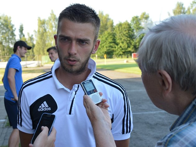 MIlan Jurdík v Kamenici nad Lipou po zápase s Vlašimí odpovídá na dotazy Deníku jižní Čechy.