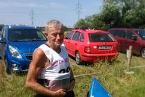 Narodil se v roce 1939, ale na vodě se cítí jako doma. Zdeněk Grossmann závodil na MČR veteránů