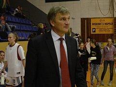 KOUČ. Hodně změn se událo v basketbalovém i osobním životě bývalého trenéra strakonických hráček Ivana Beneše.