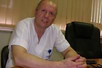 Lékař Pavel Sadovský pracuje na ortopedii v českobudějovické nemocnici  již 32 let.