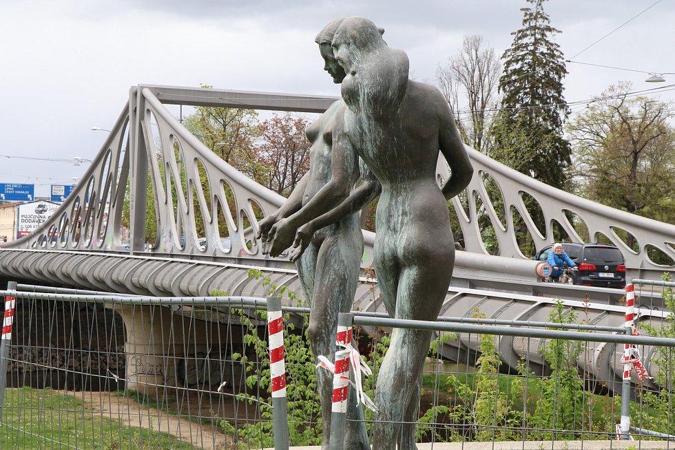 Sousoší Řeky u Dlouhého mostu
