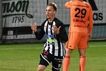 Patrik Čavoš se v zápase Dynama s Ml. Boleslaví raduje ze svého gólu na 1:0.