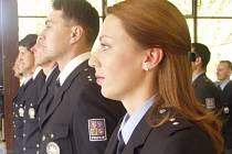 Mezi novými policisty je  i Kamila Ingrišová.