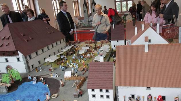 Jihočeské muzeum v Českých Budějovicích v pátek zahájilo výstavu nazvanou Mistr Jan Hus a Kostnický koncil.