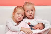 Mariana Alešová z Cehnic. Rodiče Michaela a Otmar přivítali 23.9. 2021 v 8.12 hodin svoji třetí dcerku. Při narození vážil 3330 g. Doma se na holčičku těšily sestřičky Miška (6) a Máťa (4).