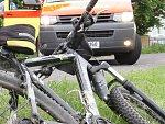 Tragická nehoda u Kojetína: cyklista zemřel, dítě je zraněné