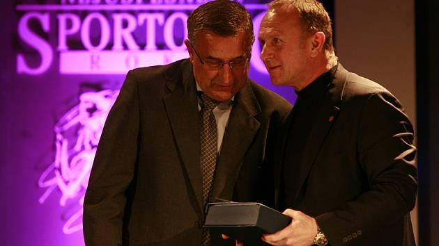 Při vyhlášení ankety Sportovec roku se sešli Jaroslav Pouzar a Jiří Lála