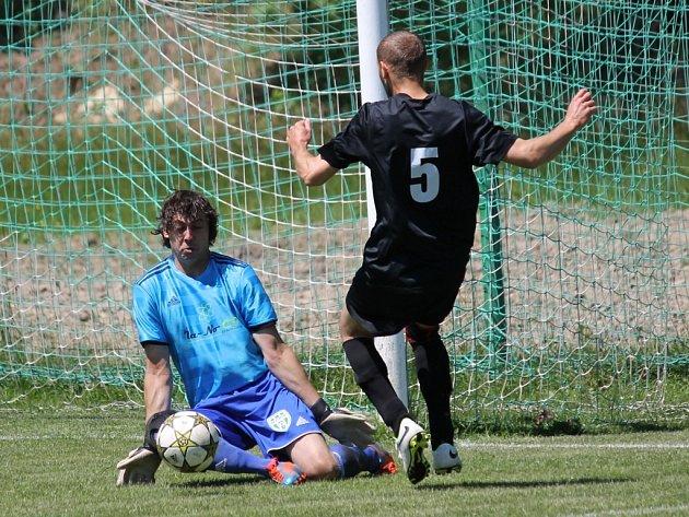 Fotbalisté Ševětína B jsou s pěti body nejslabším týmem v okresních soutěžích Českobudějovicka, doma Zborovu podlehli 3:5.