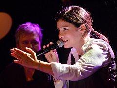 Anna K. na turné Poprvé akusticky.