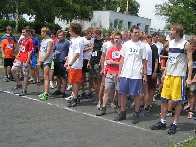 Jednou z pravidelných akcí, které škola pořádá, je Běh olympijského dne.