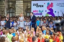 Žáci ZUŠek vystoupí v rámci ZUŠ Open ve všech čtrnácti krajích, poprvé ve dvou dnech .