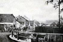 Ostrov Mlýnské stoky před rokem 1910.
