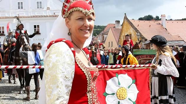 Slavnosti pětilisté růže v Českém Krumlově letos slaví 30. ročník, nabídnou to nejlepší ze své historie.