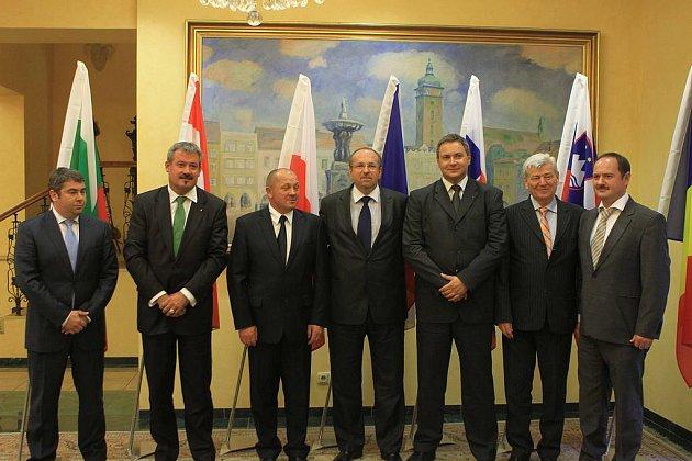Ministři zemědělství se sešli v Českých Budějovicích.