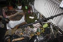 Smutný Štědrý večer měli obyvatelé jednoho z českobudějovických bytů. Zapálený vánoční stromeček způsobil požár.