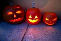 Halloweenské dýně a výzdoba