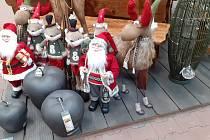 Vánoce začaly v jihočeských obchodech o dva měsíce dříve. Snímek je z Českých Budějovic.