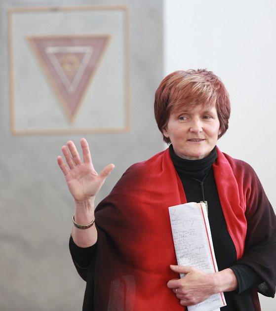 """""""Je to dvacet let mého života a úsilí,"""" řekla Jindra Bromová (na snímku) ze Společnosti pro obnovu synagogy."""