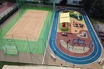Nové multifunkční hřiště v areálu SK Pedagog.
