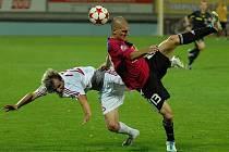 Hlavním magnetem tohoto fotbalového víkendu v kraji je utkání Dynama v I. lize s Teplicemi.