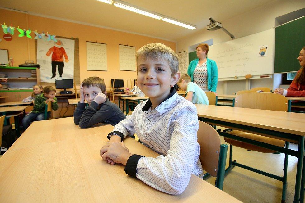 V Doudlebské třídě se sešlo deset žáků.