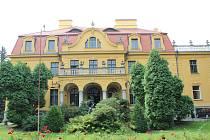 Hardtmuthova vila v Českých Budějovicích, od které se vychází na noční prohlídku.