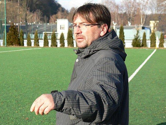 Zdeněk Čadek na Hluboké koučoval fotbalisty Rudolfova v zápase s Hrdějovicemi (3:3).