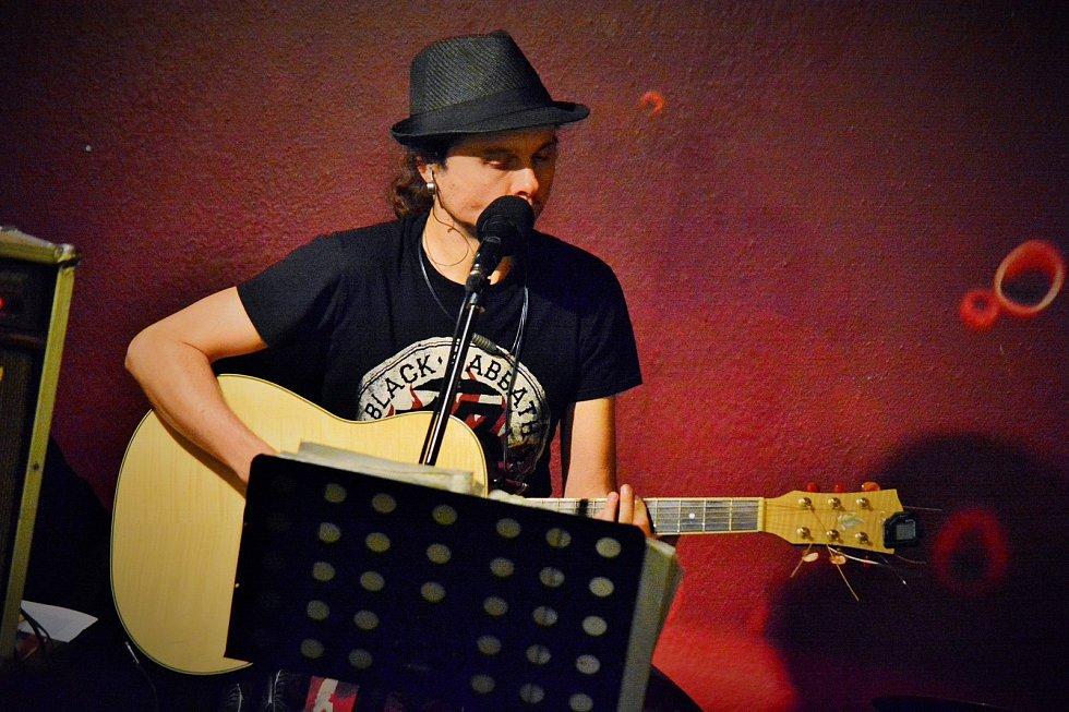 Muzikanti v ulicích. Takový název měla čtvrteční akce, která se uskutečnila v Týně nad Vltavou.