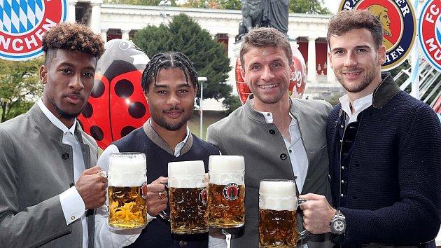 Bayern na Oktoberfestu.