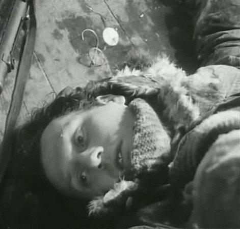 Jiří Ornest jako zavražděný agentem na H. Kvildě.