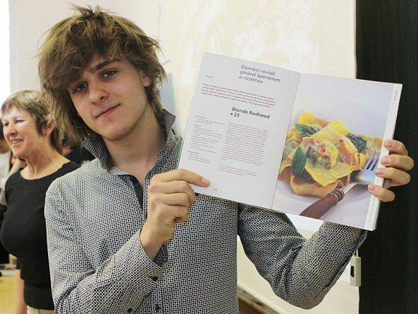 Martin Škoda vydal vlastní kuchařskou knihu.
