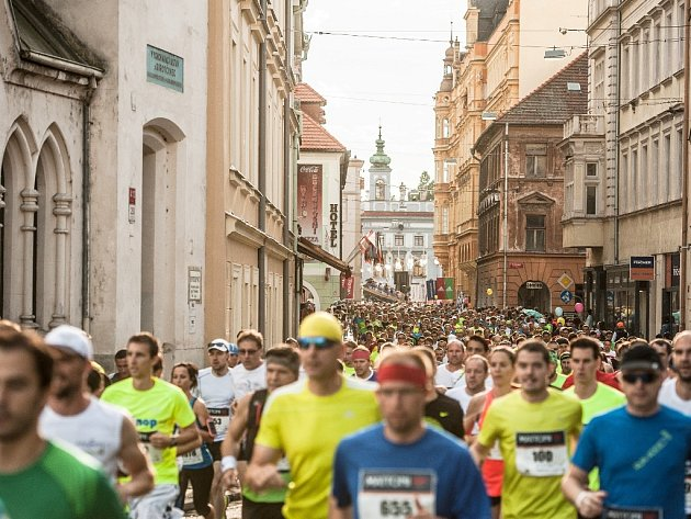 Běžci opět zaplní ulice Českých Budějovic.