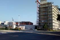 Výstavba v budějovické ulici Na Zlaté stoce v budějovických Čtyřech Dvorech.