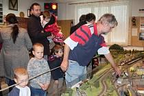 Za dva týdny pořádá Klub železničních modelářů České Budějovice dvoudenní výstavu v klubovně v Rožnově.