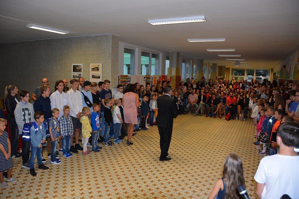 První den v Základní škole Hluboká nad Vltavou.