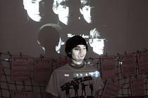 David Novotný (26) z Českých Budějovic sestavil z útržků nahrávek zcela novou píseň legendární skupiny Beatles. Téměř čtyřminutovou skladbu poskládal v počítači ze 104 maximálně dvouvteřinových útržků z vokálních stop ze 30 originálních písní Beatles.