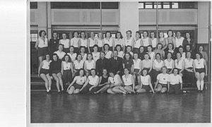 Škola cvičitelů rytmiky, T. J. Sokol České Budějovice, rok 1946.