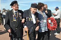 Oslav Dne D se zúčastnili účastníci tehdejších bojů.
