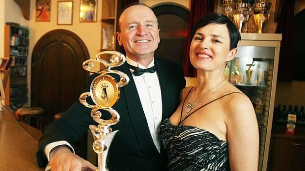 Taneční pár Eva a Josef Stehlíkovi letos získali čtvrté místo na mistrovství světa v Antverpách.