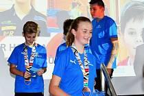 Na krajském úřadu v Českých Budějovicích ocenili úspěšné účastníky Her IX. letní olympiády dětí a mládeže České republiky 2019.