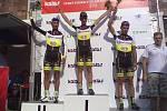 DEKORACE. Závodníci stáje Bauknecht-Author byli v Blatné suverénní. Vyhrál Martin Hunal, druhý byl Tomáš Bucháček a třetí dojel Josef Hošek.