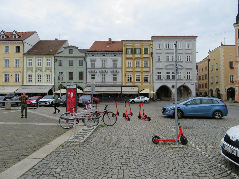 Elektrokoloběžky v Českých Budějovicích.