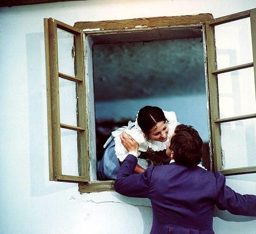 Záběry zfilmu Prodaná nevěsta.