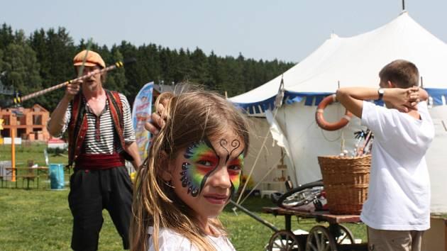 Na Lipně vrcholí rodinný festival Letní Letná.