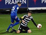 Michal Řezáč v zápase Dynama s Vítkovicemi (6:0) zvyšoval na 4:0.