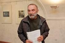 Díla Miloslava Nováčka vystavují v Galerii Hrozen.