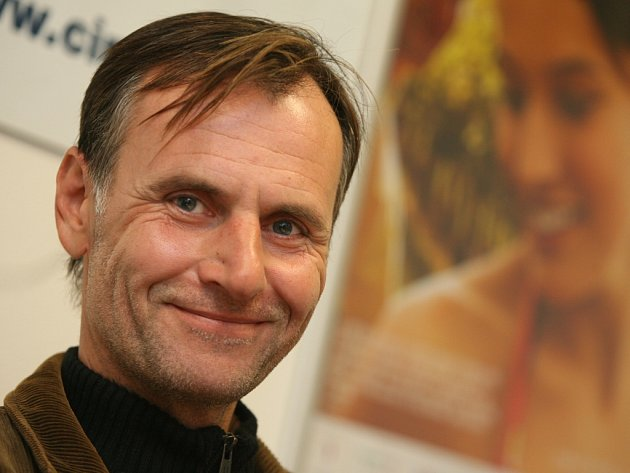 Milovník koní a psů je herec a jihočeský rodák Marian Roden, jenž tento čtvrtek oslaví 48. narozeniny.